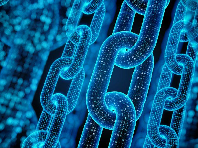 des chaînes bleues
