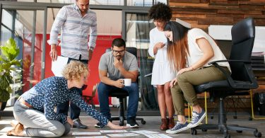 réunion de jeunes entrepreneurs